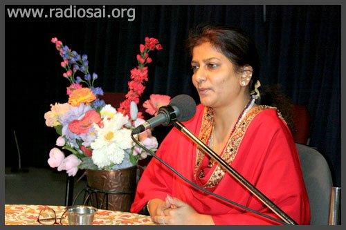 Мисс Чару Синха, IPS